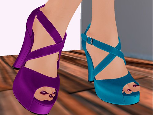Collabor88 BOOM - Locale Heels in Violet (left) Teal (Right)