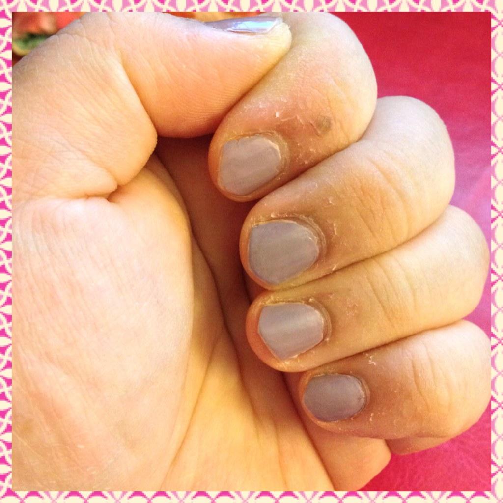 Giorgio Armani nail lacquer - 103 Parima Greige