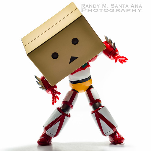 Danbo Transforming Into Getter.