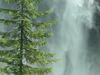 Pyramid Creek Falls