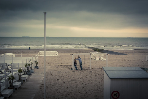 The Last Date (of the Season) - Blankenberge, Belgium - Photo : Gilderic