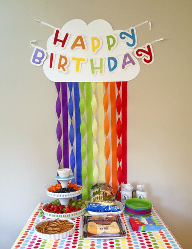 art rainbow party table snack decoration crepe paper streamers