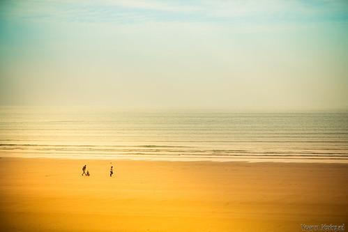 beach by Zeeyolq Photography