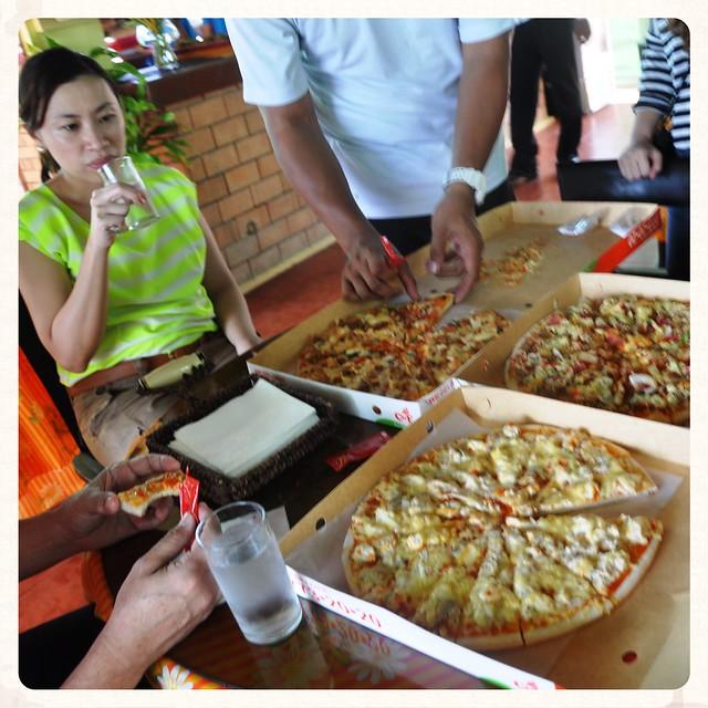 C & E Pizza Break