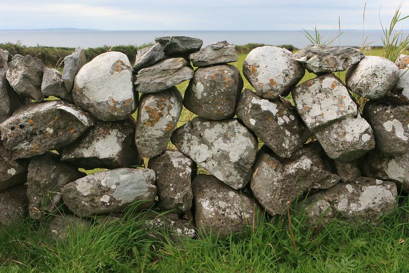 Ireland 1069-2