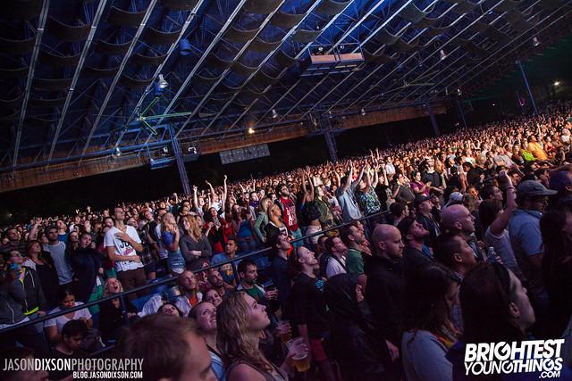 Crowd at Virgin Freefest 2013.