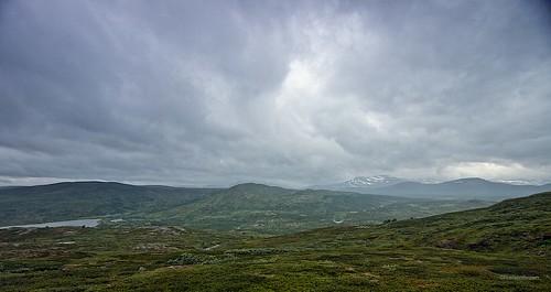 Descent to Virvatnet