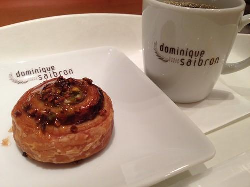 パンとコーヒー@ドミニク・サブロン マルシェ・エ・カフェ