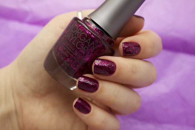 10 Morgan Taylor To Rule Or Not To Rule with topcoat