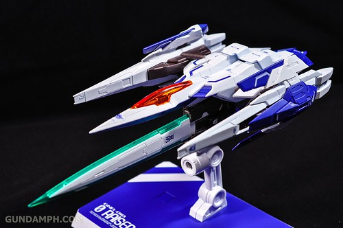 Metal Build 00 Gundam 7 Sword and MB 0 Raiser Review Unboxing (108)