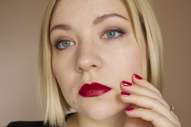 21 YSL Rouge Pur Couture #2 Rouge Pourpre lipstick swatches makeup + Morgan Taylor Man Of The Moment nail polish