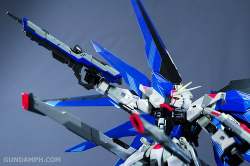 Metal Build Freedom Gundam Prism Coating Ver. Review Tamashii Nation 2012 (43)
