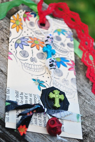 Smiling Skulls Tag, FULL