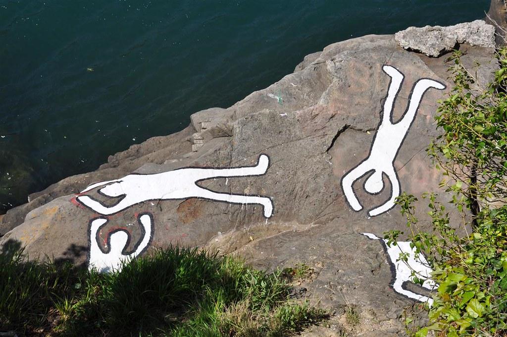 Resultado de imagen de Matanza de la bahía de Pasaia imágenes