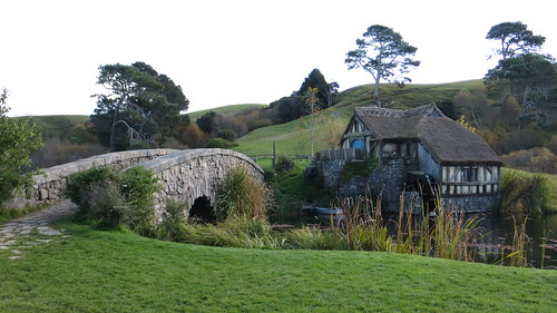 the mill and the bridge