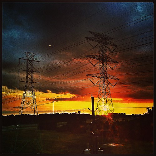 Off The Grid #texas #sunset #sxsw by @MySoDotCom