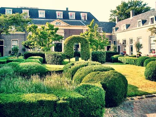 Haarlem Garden by SpatzMe