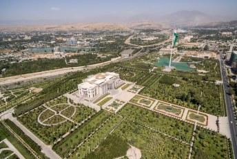 Daarna nog even mijn geluk beproeven en over het presidentieel paleis vliegen.