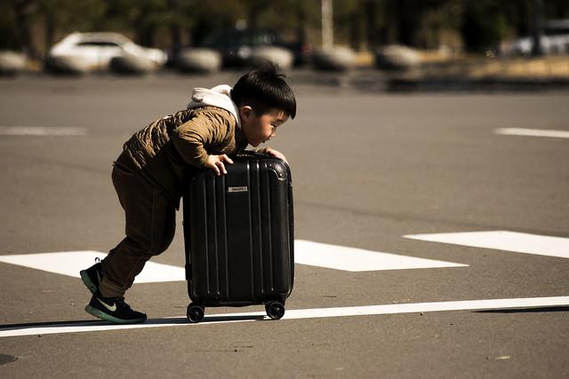 El niño maleta