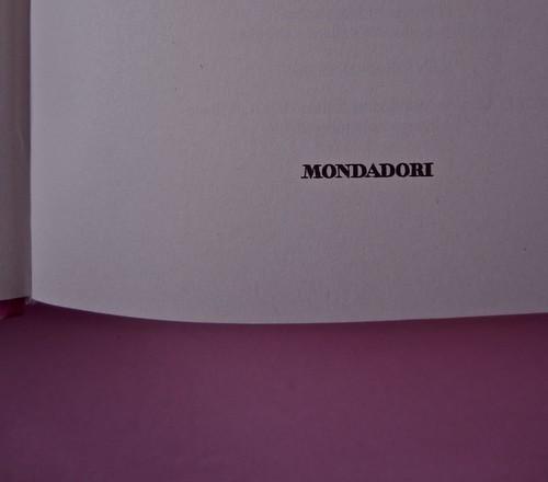 Margaret Mazzantini, Splendore. Mondadori 2013. Art Director: Giacomo Callo; Progetto Grafico: Marcello Dolcini; Graphic Designer: Susanna Tosatti; alla sovracop: ©R. McGinley. Frontespizio (part.), 2