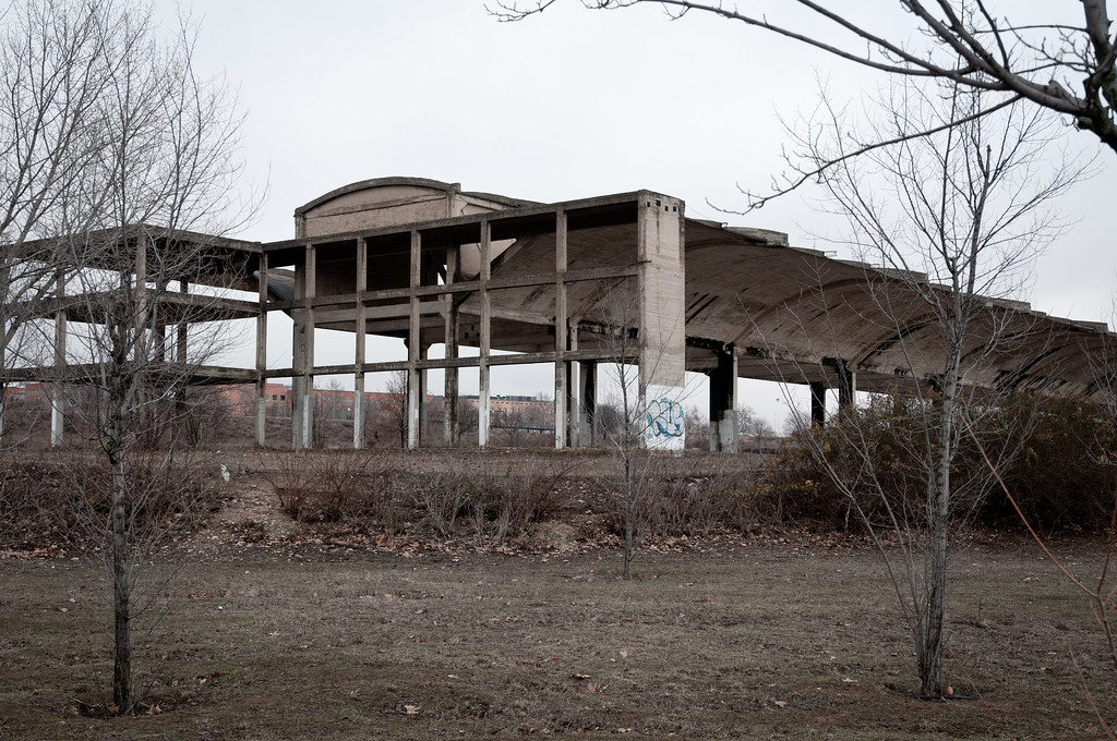 Hangares abandonados UAH (I)