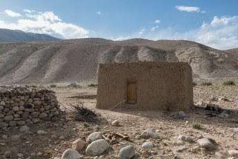 Ook aan de Tadzjiekse kant staan van die villa's.