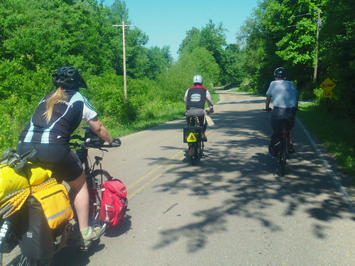 Trio riding near Paris TN