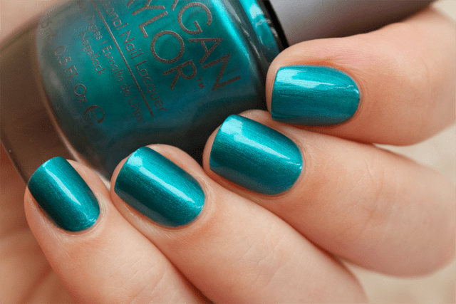 02-morgantaylor-stop-shop-and-roll-swatches-with-topcoat