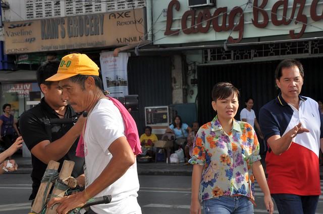 Laoag Tiendaan Tour