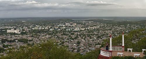 Ciudad de Holguin by Rey Cuba