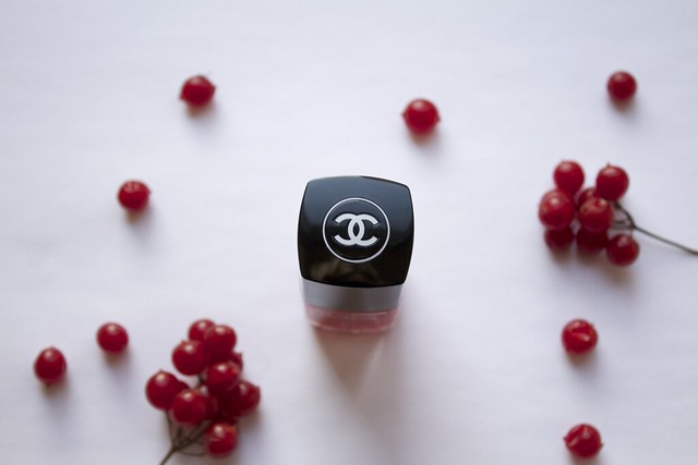 11 Chanel #677 Rouge Rubis swatches