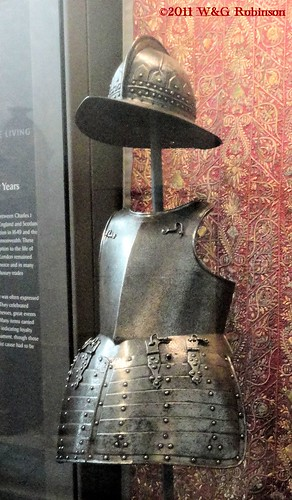 Pikeman's Armour, Victoria and Albert Museum