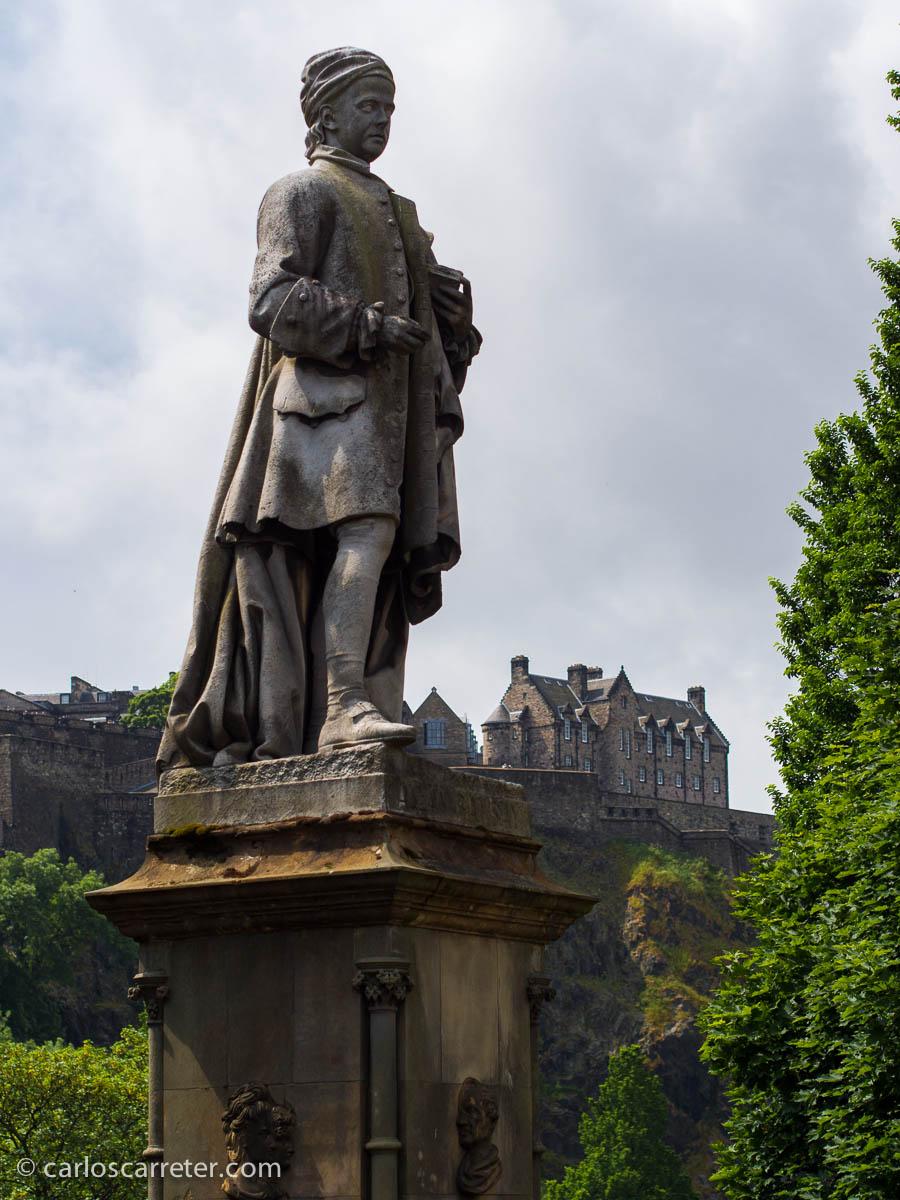 El poeta Allan Ramsey en Princes Street Gardens