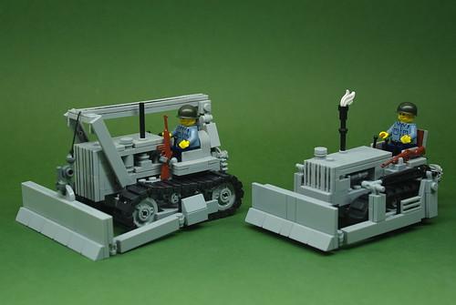 Brickmania US Navy Seabee tractors (1)