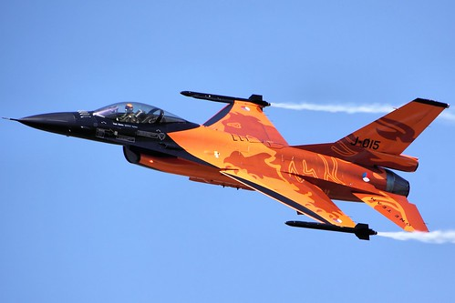 F16 - RIAT 2013 - Explored :-)