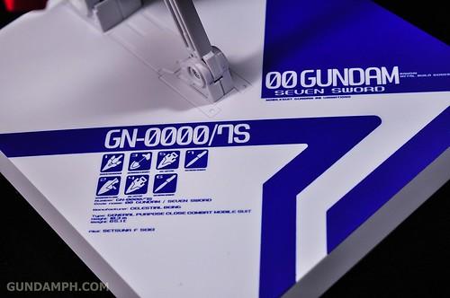 Metal Build 00 Gundam 7 Sword and MB 0 Raiser Review Unboxing (88)