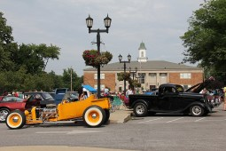 Classic Car Cruise-In 034