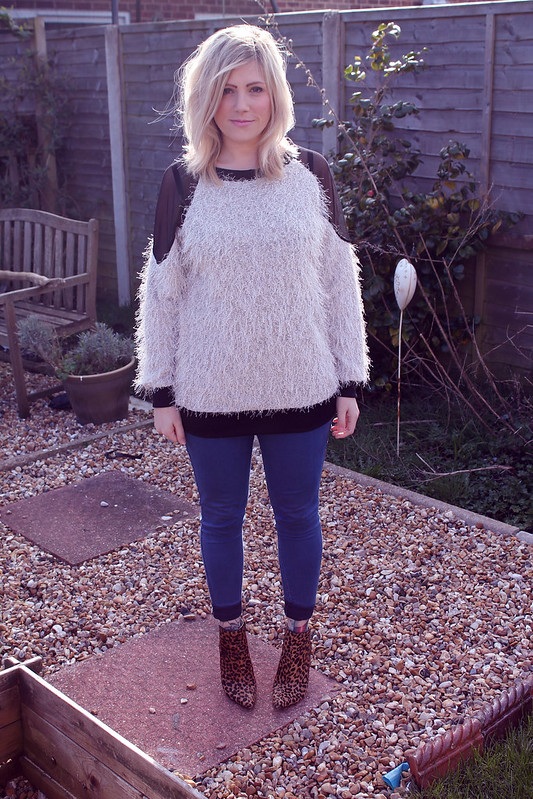 Sheinside Furry Jumper
