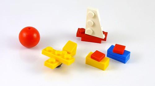 LEGO 10229 Winter Village Cottage b07