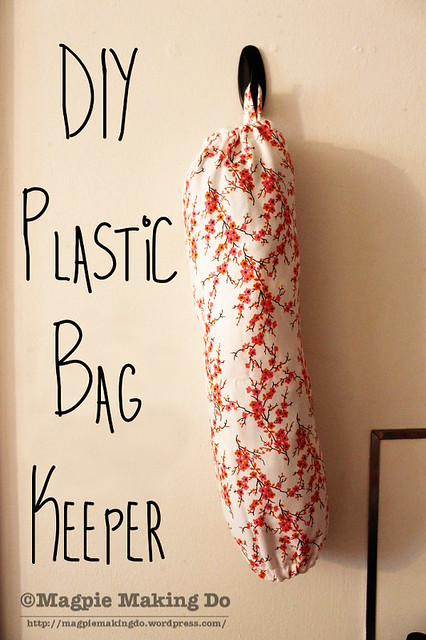 DIY Plastic Bag Keeper