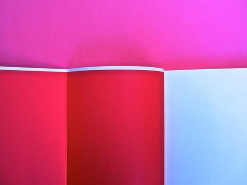 Proust. I colori del tempo, di Eleonora Marangoni. Electa 2014. Design di Paolo Tassinari e Leonardo Sommoli. Verso del risvolto di copertina, verso della copertina, c. di guardia / pag. dell'occhiello (part.), 1