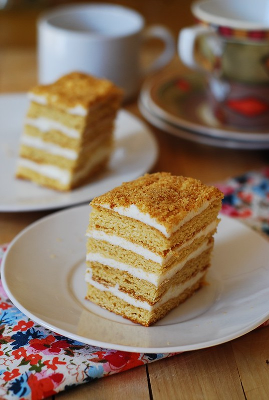 Honey cake, with cooked flour frosting – Medovik tort on Julia's Album