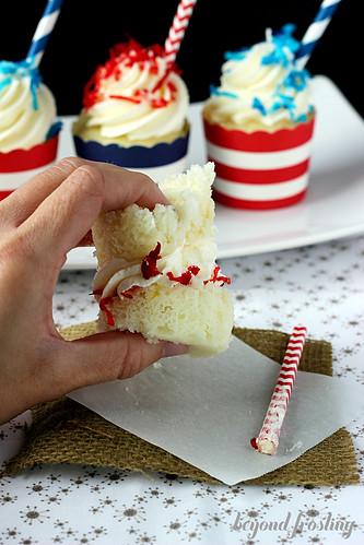 Patriotic Piña Colada Cupcakes https://beyondfrosting.wordpress.com