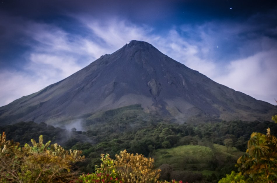 Volcano Arenal-1