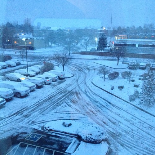 Another snowy morning in #denver by @MySoDotCom