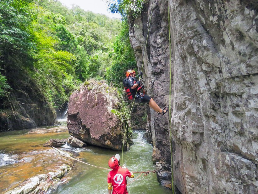 canyoning og rapelling i Dalat, Vietnam