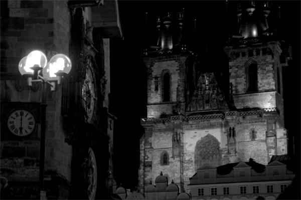 Reloj Astronómico e Iglesia de Tyn