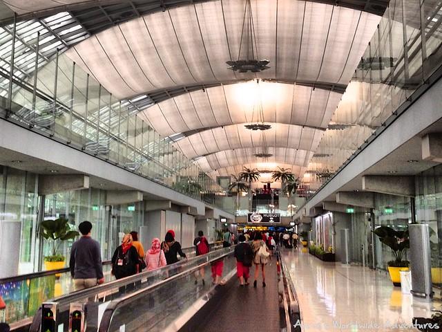 BKK Arrival Walkways