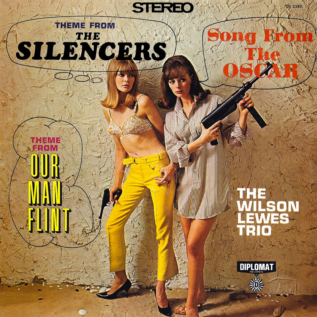 The Wilson Lewes Trio - Theme fom The Silencers