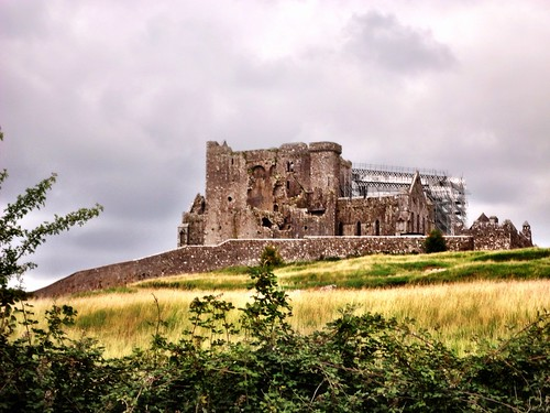 Rock of Cashel by SpatzMe